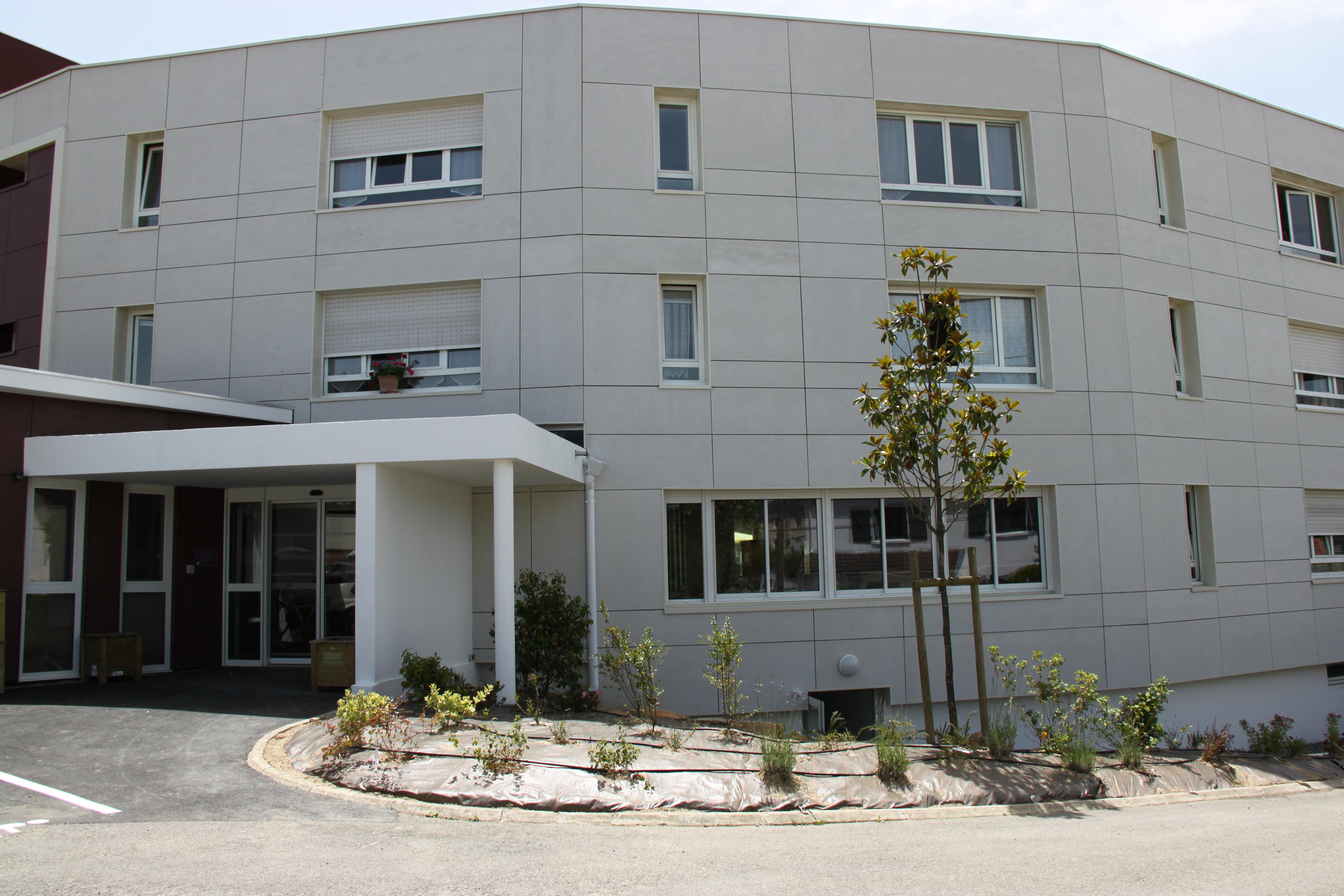 Maison retraite nantes excellent maisons de retraite for Maison container nantes